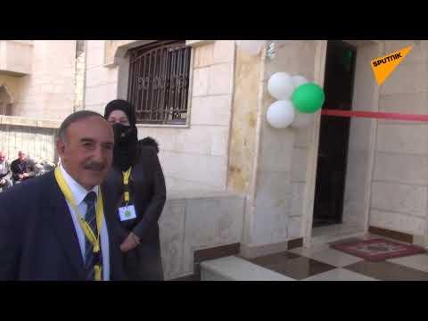 محام يتبرع بمنزله الفخم ليتامى الحرب شرقي سوريا... فيديو وصور