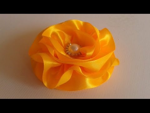 Flor de cetim