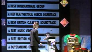 Terence Trent D'Arby wins International Newcomer presented by Wayne Mailloux | BRIT Awards 1988