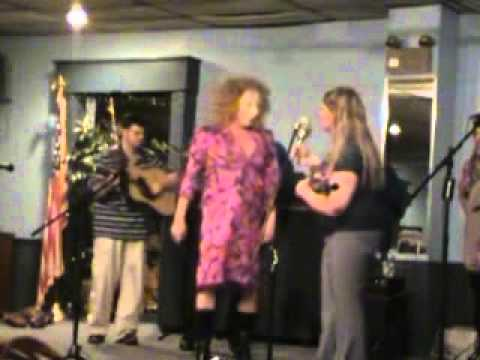 Special Surprise - Wanda Vincent sings Fox on the Run