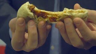 Американец скрестил китайский пирожок с пиццей (новости)