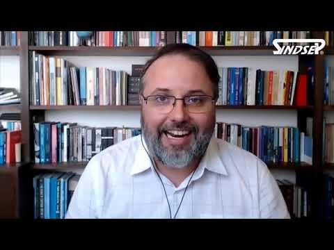 Professor Daniel Cara fala no VIII Congresso da Educação do Sindsep