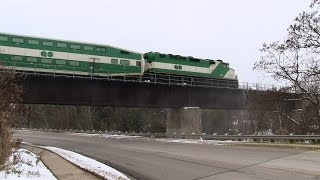preview picture of video 'XMAS! GO 558 at Barrie (16NOV2014)'