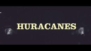 "Video thumbnail of ""Los Espíritus / Huracanes / Teatro Flores (En Vivo)"""