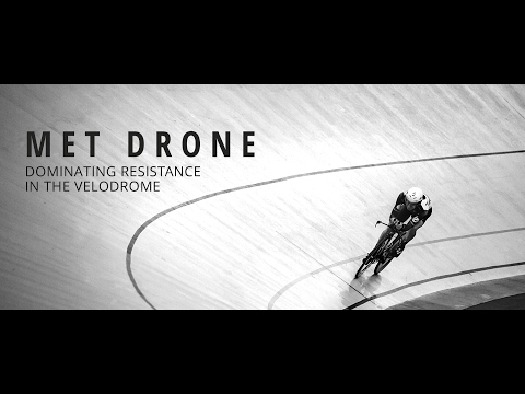 Видео о Шлем MET Drone white/black/red 3HM 100 MO BI2 3HM 100 LO BI2