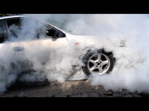 MAZDA 323 PALJENJE GUMA – BURN OUT VERY HIGH