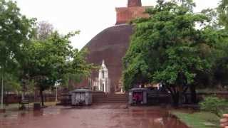 preview picture of video 'スリランカの旅 2日目 【世界遺産 アヌダーダプラ 編-2 】 Sri Lanka Tour 【World heritage Sacred City of Anuradhapura -2】'