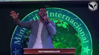 "Video thumbnail of ""JC Negron - Popurrí: El me salvó - Ante tí - Yo llegaré"""
