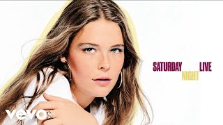 Gambar cover Maggie Rogers - Light On (Live On Saturday Night Live / 2018)