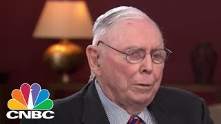 Charlie Munger: Bitcoin Is Worthless Artificial Gold | CNBC