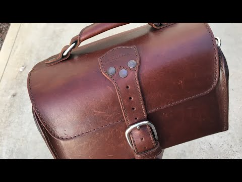 Saddleback Leather travel case review