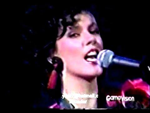 """Timbiriche (Edith Márquez) """"Pasos"""" en vivo"""