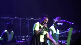 """TobyMac and Mandisa performing """"Lose My Soul"""", live from Philadelphia, PA December 8, 2012"""