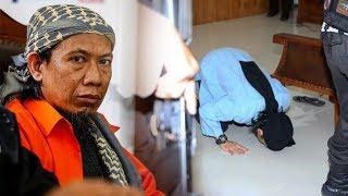Divonis Mati, Aman Abdurrahman Sujud saat Sidang, Sempat Berpesan soal Eksekusi ke Pengacara
