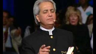 Benny Hinn sings 'PRAISES TO YOUR NAME' (2008)