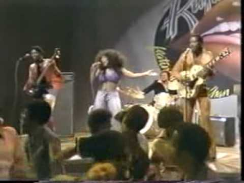 ~medley~ DANCE WIT ME / RUFUS featuring CHAKA KHAN online metal music video by RUFUS