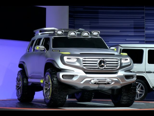 Mercedes-Benz Ener-G-Force Concept crushes the stand at the 2012 LA Auto Show