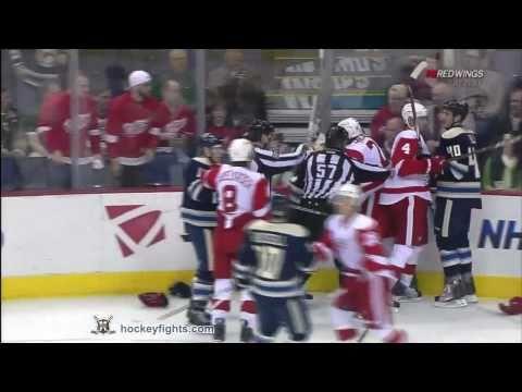 Drew Miller vs Derek MacKenzie