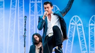 Arctic Monkeys - Crying Lightning @ Pinkpop 2014 - HD 1080p