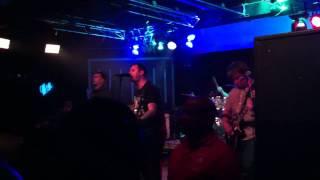 'Roshambo' ~ Bayside live at Main Gate