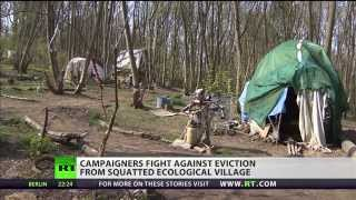 preview picture of video 'Eco-Village Under Threat From Magna Carta?'