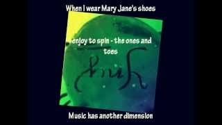 Mary Jane Shoes - Fergie  Feat. Rita Marley (Lyrics)
