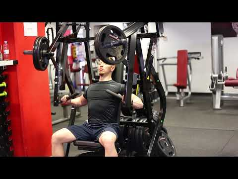 Inclined plate loaded chest press