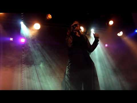Alison Moyet - Falling - Roundhouse Studio Theatre 8 - 06 - 2016
