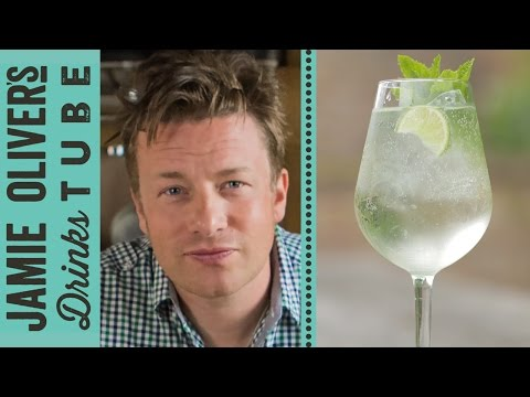 Video Martini Royale Cocktail | Jamie Oliver