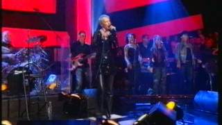 Annie Lennox - Walking On Broken Glass (Later Live)