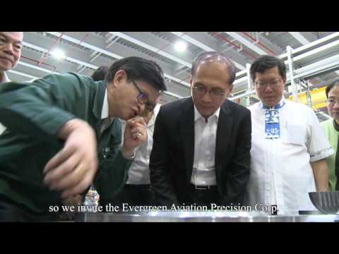 Premier Lin visits Evergreen Aviation Precision Corp.