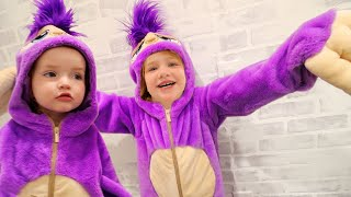 2 PURPLE SLOTH KiDS!!  Come Play Our Animal Game! Dance Party With Niko & Fifi Our New Pretend Pet!
