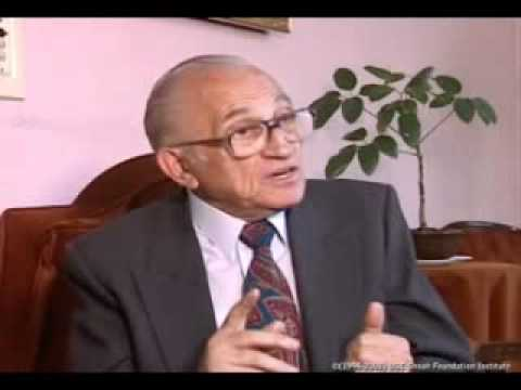 Salvador Gilbert relata sobre el arribo en tren a Auschwitz y sobre la selección en Auschwitz