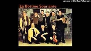 """Video thumbnail of """"La Bottine Souriante - 1987 - Oublions L'An Passe"""""""