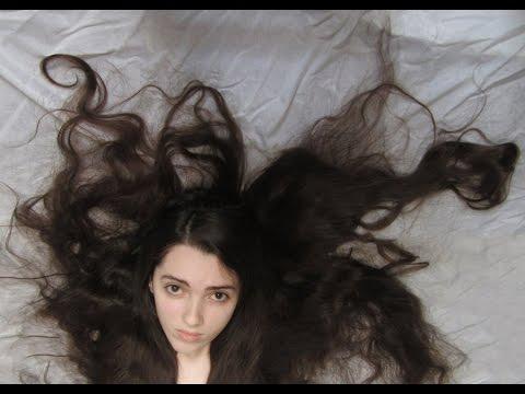 Olej lniany jest stosowany do włosów