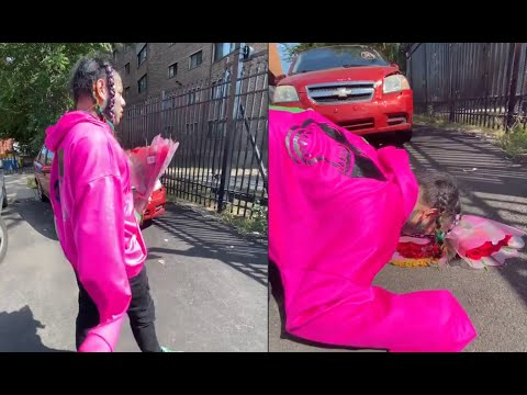 6ix9ine Delivers Flowers On O Block To Pay Respect To Lil Durk Slain Cousin Nuski