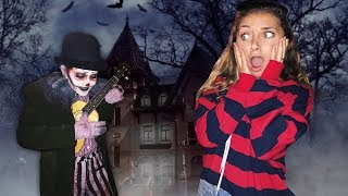 WORLD'S LARGEST HAUNTED HOUSE | College Halloween