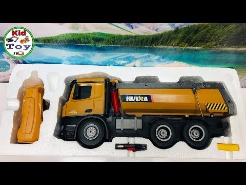 RC DUMP TRUCK HUINA 573 UNBOXING || RC TOY REVIEW AND TESTED || FIRST TIME GET DIRT