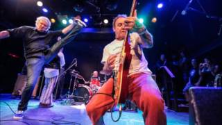 Guided By Voices-Get Under It (live)