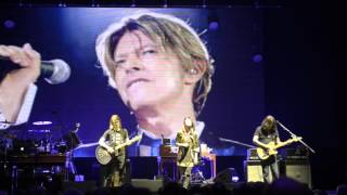 Steven Wilson   Space Oddity (David Bowie)   Hammersmith Apollo 27th Jan 2016