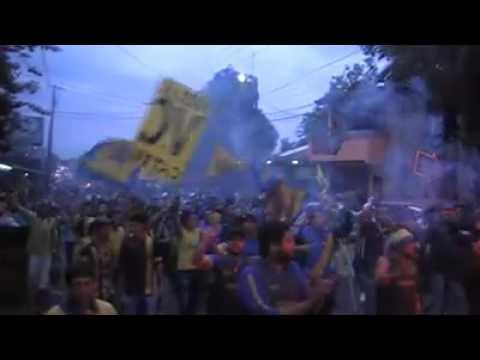 """""""Chancholigans 2015 camino al chiquero"""" Barra: Chancholigans • Club: Sportivo Luqueño"""