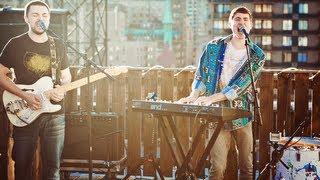 "Walk The Moon - ""Tightrope"" (LIVE ROOFTOP SESSION)"