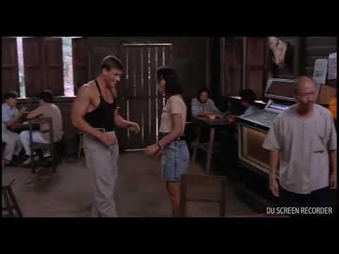 """Танец ВанДама под песню """"Друзья рядом, душа кайфуй""""   😂😂😂"""