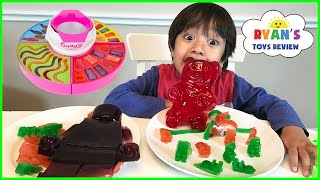 GIANT GUMMY CANDY MAKER! DIY gummy bear, Gummies worm! Kids Candy Review