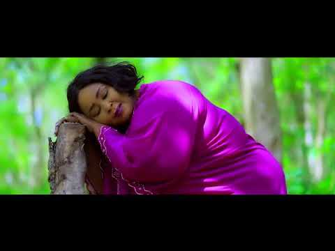 Mp3 Download Obaapa Christy And Mama Listic — BEE MP3