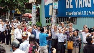 Những cảm nhận trước cảnh nhiều người thương tiếc cố NS Nguyễn Văn Đông