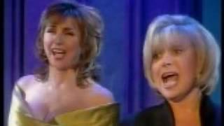 Lesley Garrett and Elaine Paige - Bacarolle