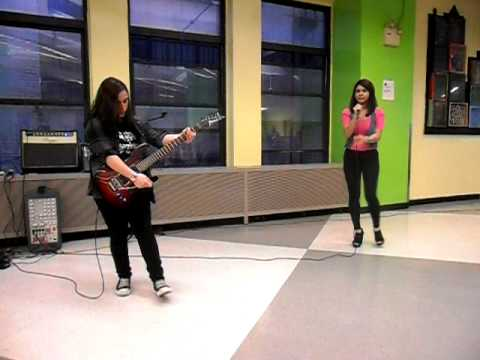 Hera Andre-Bergmann (Guitar) and Jenisse (Vocals) perform Lady Gaga's 'You and I'