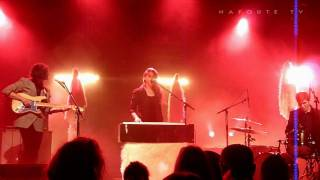 "Beach House ""Heart of chambers"" - Live Saint Malo 2010.02.19 HD"