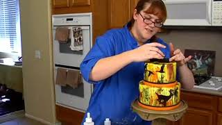 Learn To Make A Camo Smear Hunting Cake! Decorating How-to Video Tutorial Part 10